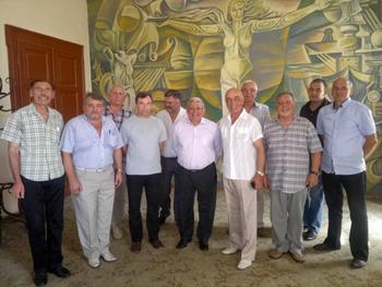 Участниците в срещата във Военноморския клуб във Варна