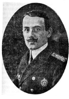 """Капитан-лейтенант Кирил Минков (1888 – 1916 г.). Снимката е публикувана в """"Учебник за моряка"""" (Варна, 1920 г.)."""